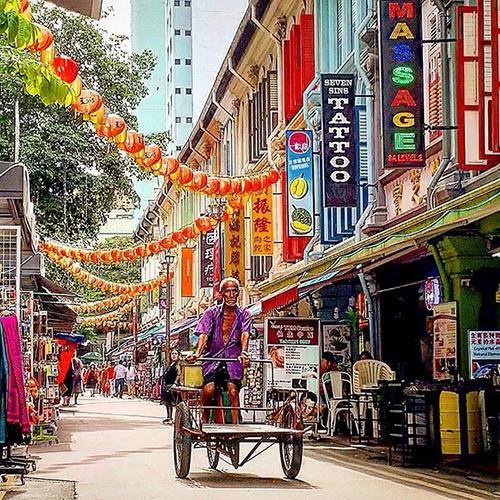 Singapore Chinatown Near Chin Swee Road
